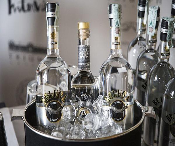 Giá rượu Beluga